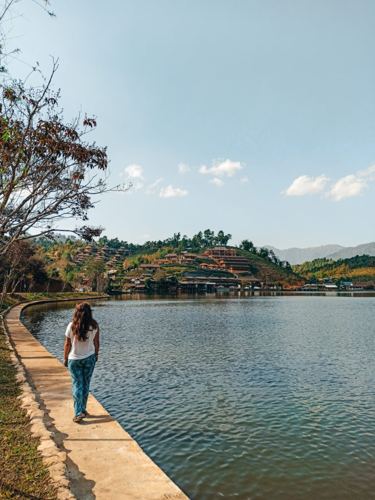 Loop de MAE HONG SON por libre