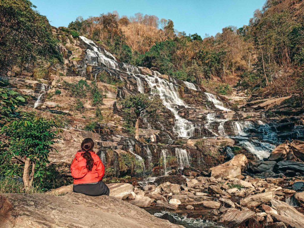 Maeya Falls en el Parque Nacional Doi Inthanon, Tailandia