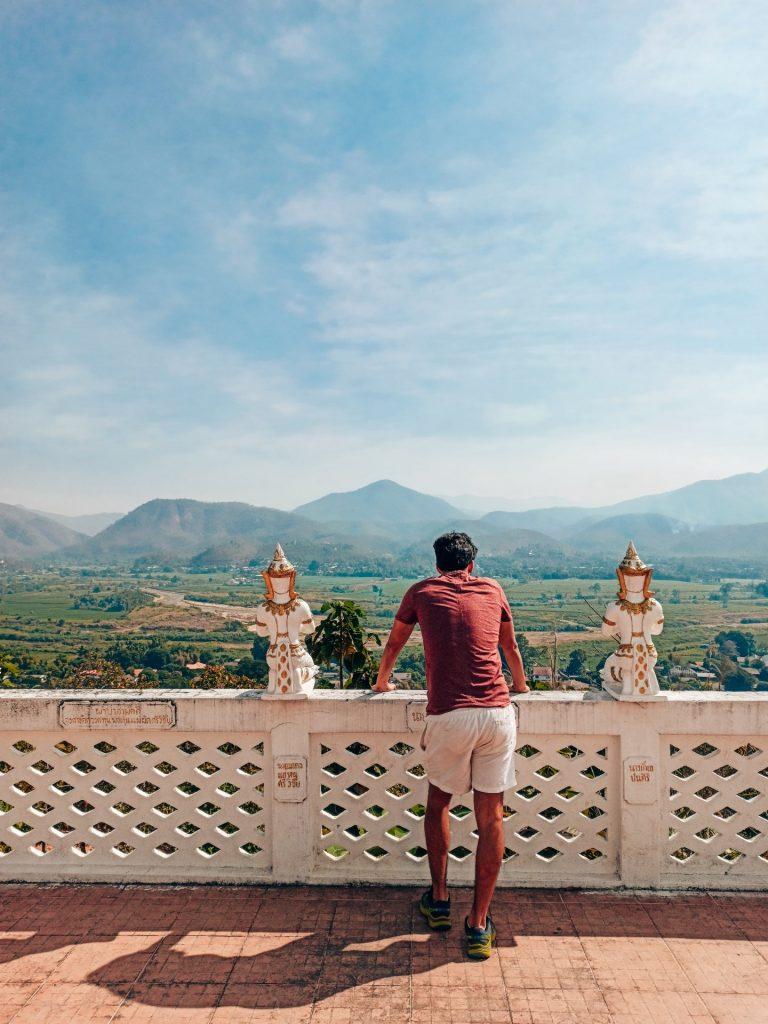 Vistas desde el Wat Chom Kitti, en Mae Sariang
