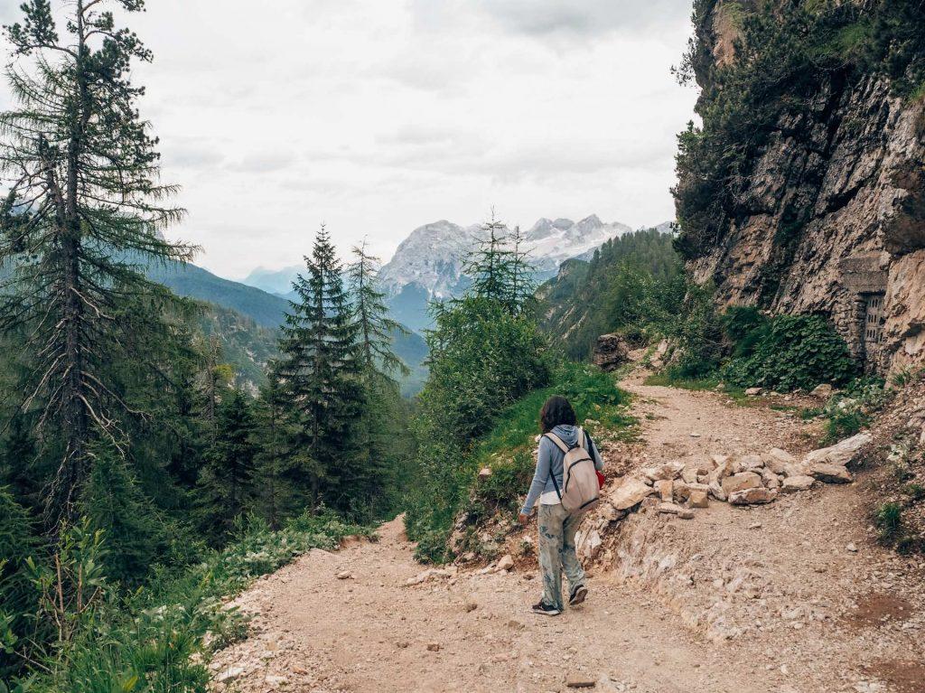 Sendero 215 al Lago di Sorapis, en Las Dolomitas
