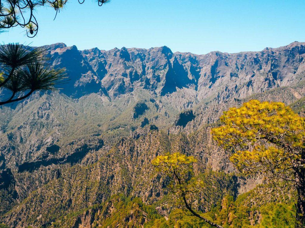 Vistas de la Caldera de Taburiente desde el Mirador de la Cumbrecita