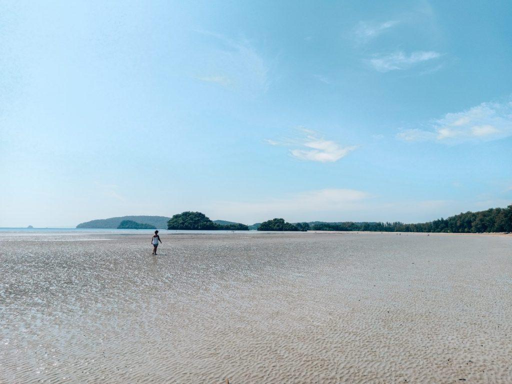Noppharat Beach, una playa local preciosa que ver en Ao Nang, Krabi