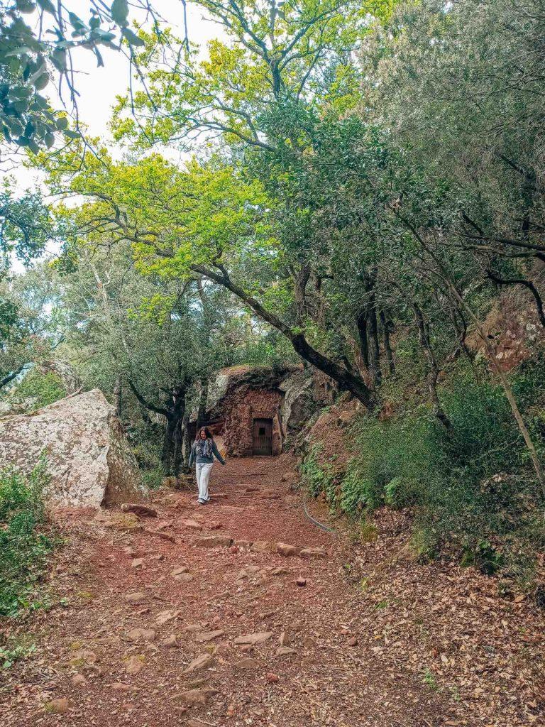 Camí dels Frares, en el Castillo Monasterio de Sant Miquel d'Escornalbou